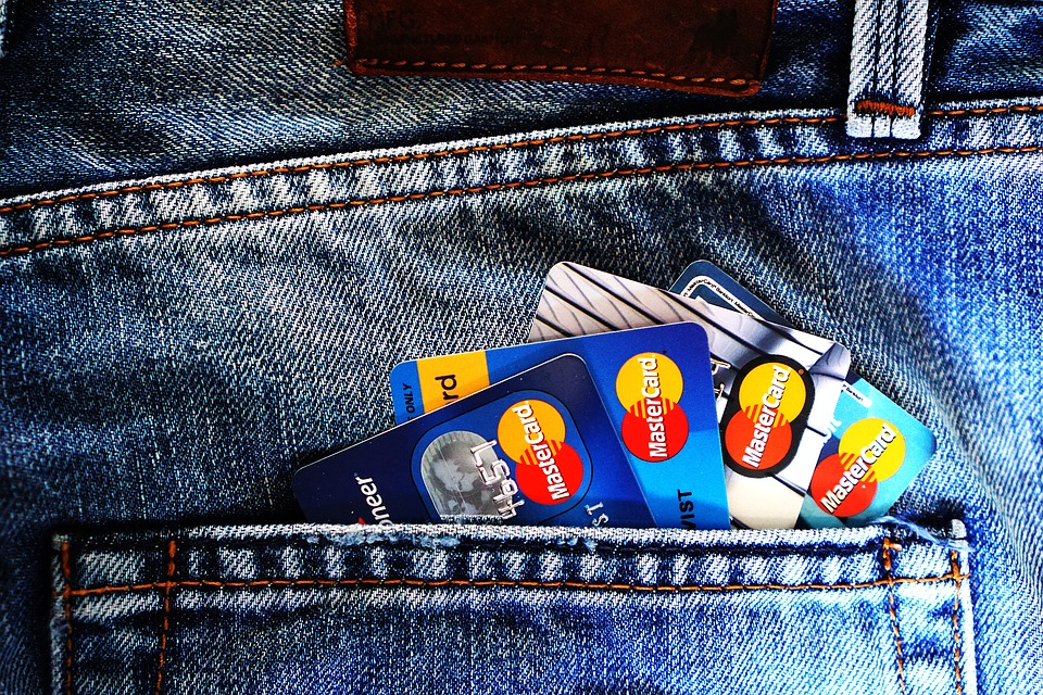 7 best reasons why cashback credit card must be in everyone's wallet